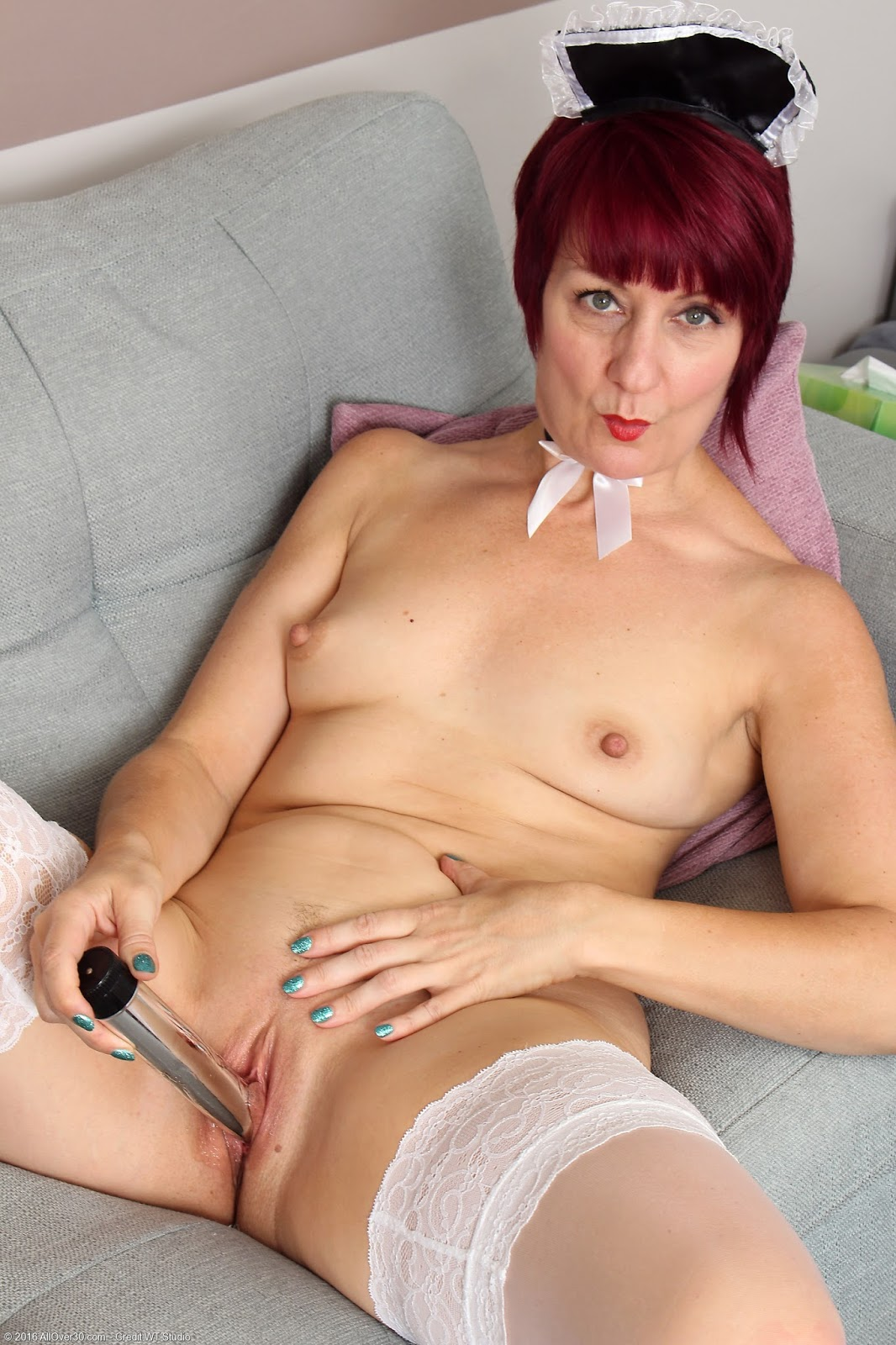 Mature Penny Brooks Cumming On Her Toy