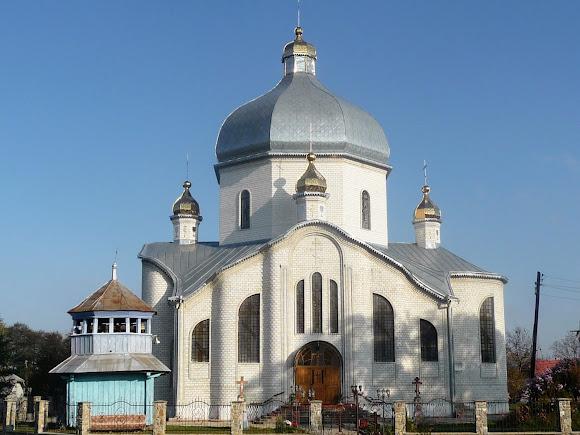 Тяпче. Церква св. Миколая УПЦ КП
