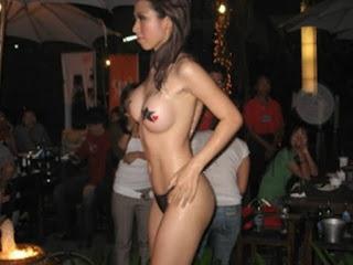 Cewek Bugil Klub Malam Montok Dan Seksi