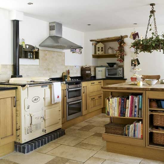 Traditional Country Kitchens: New Home Interior Design: Country Kitchens