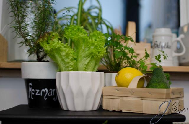 Metamorfoza szafki w kuchenny pomocnik