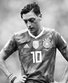 Jerman Tersingkir : Ini Azab Tim yang Punya Fans Sombong!