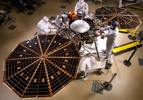 Tutorial LaporanPenelitian.com NASA InSight Bersiap Selidiki Interior Mars
