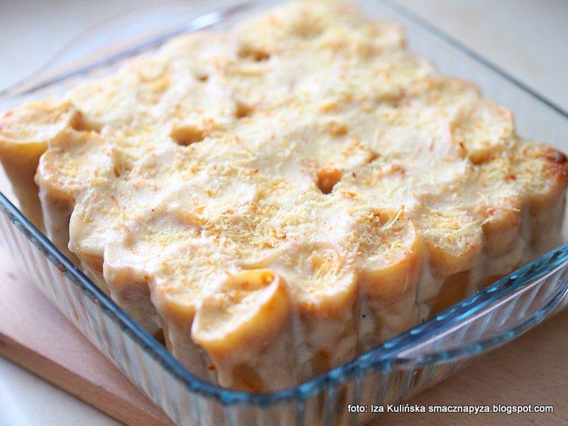makaron z grzybami, zapiekanka makaronowo grzybowa, rurki nadziewane zolciakiem, zapiekanka z makaronu i grzybow, obiad pieczony, obiad bez miesa, z piekarnika