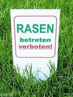 Schild Rasen betreten verboten