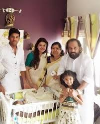 Vijay Yesudas Family Wife Son Daughter Father Mother Age Height Biography Profile Wedding Photos