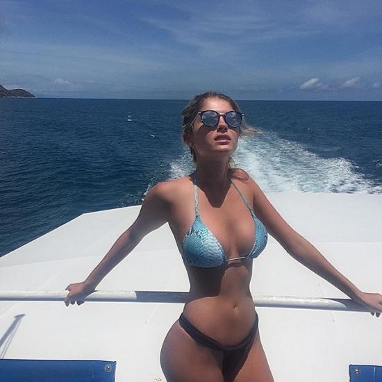 Hot girls Barbara Evans sexy boom nuded model 7
