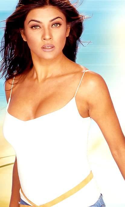 Sushmita sen hot cleavage show