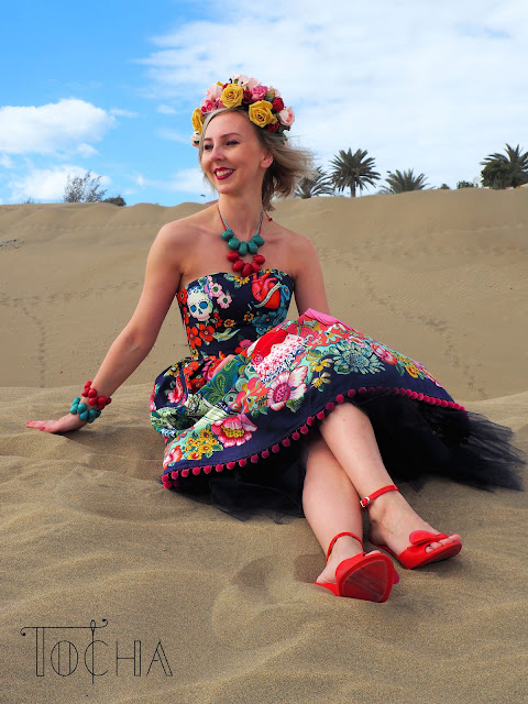 Frida Kahlo, Frida La Catrina, Alexander Henry, Frumble, dress, tailoress, pattern cutting, garment technology, vegetable ivory, jewellery, made to measure, Gran Canaria, Maspalomas, dunes,