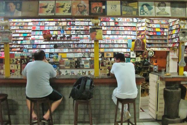 Bar do Leo, em São Luis, na Rota das Emoções