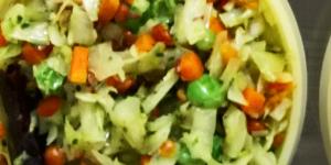 Cabbage, Carrot and Peas Poriyal Curry Recipe (गोबी मटर और गाजर पोरीयाल)