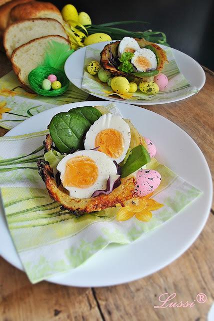 Великденско предястие Картофено-кашкавалени кошнички за салата / Easter appetizer Potato and cheese baskets with salad