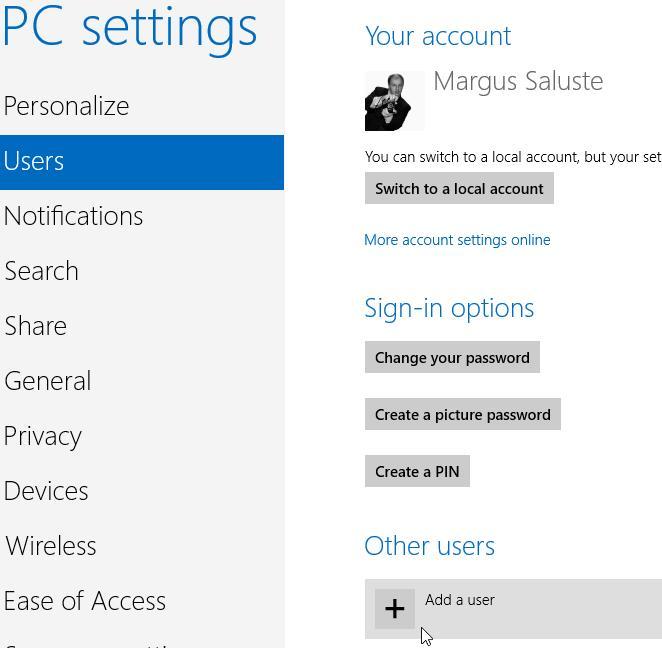 """Windows 8, paramètres PC, Utilisateurs. Pour ajouter un compte d'utilisateur, cliquez sur """"Ajouter un utilisateur"""" dans la section Autres utilisateurs."""