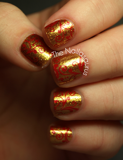 31dc2012 Day 10 Gradient Nails: Christmas Is Coming - The Nailasaurus