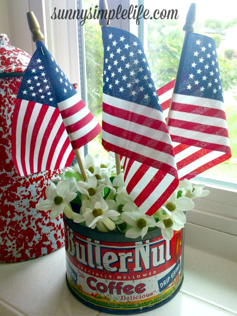 vintage patriotic decor