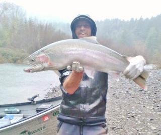 Coastal rivers steelhead and salmon rogue river fishing for Oregon fishing license 2017
