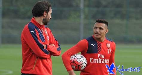 Pires: Uang Bukan Alasan Sanchez Pergi dari Arsenal