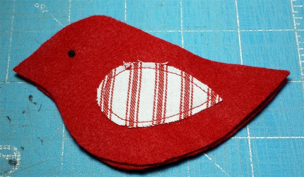Costura, ornamentos de pássaro de feltro, livre DIY padrão e tutorial em refabulous