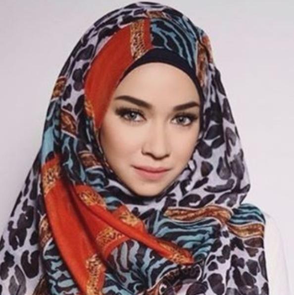 Biodata Aryani Fitriana Profil, Agama, Foto, Instagram