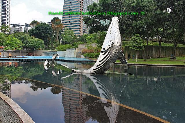 Sculptures, KLCC Park, Petronas Twin Tower, Suria KLCC, KL, Malaysia