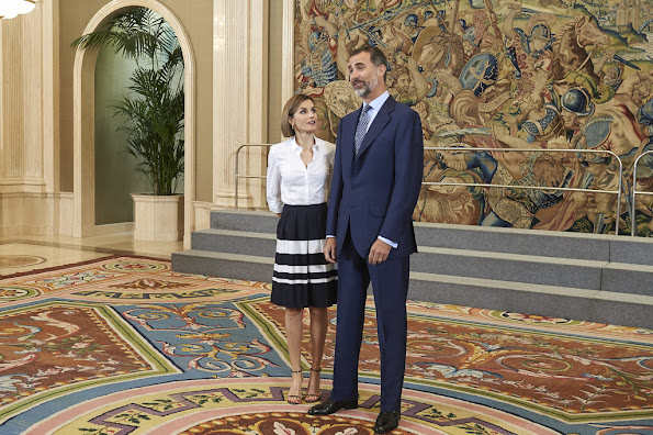Queen Letizia of Spain and King Felipe VI of Spain receive 'Europa Scholarship' pupils at the Zarzuela Palace