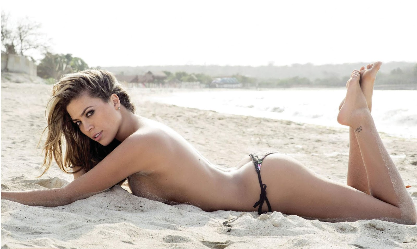 голые колумбийские фотомодели фото толстых, это