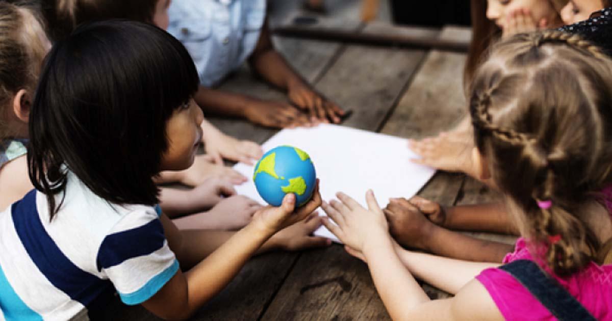 5 cách hỗ trợ trẻ khuyết tật trí tuệ phát triển luôn hào hứng học tập?