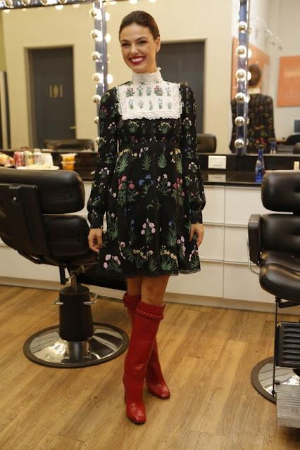 Isis Valverde vestido Valentino, no programa do Faustão