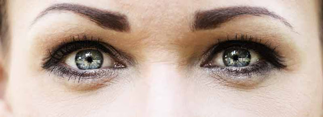 grey-eyes.jpg