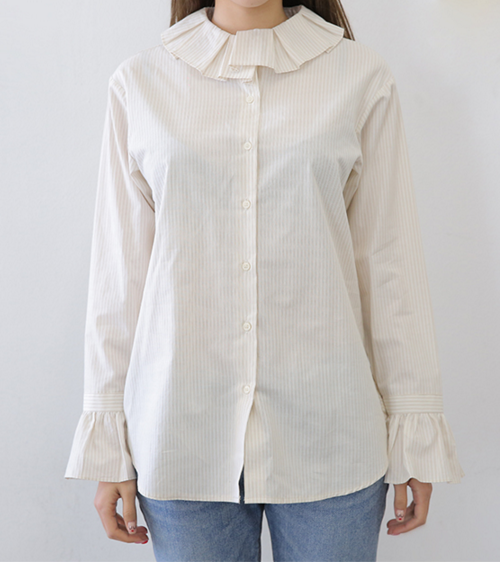 Pleated Collar Flared Cuff Blouse