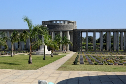 Cmentarz Htaukkyan, Bago, Birma, Jola Stępień