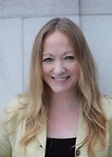 Author Cara Hunter