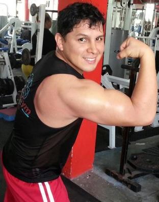 Foto de Néstor Villanueva en el gimnasio
