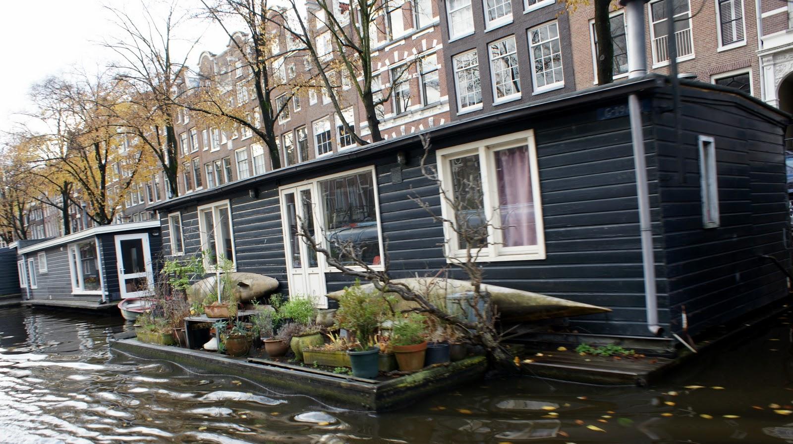 Houseboat Living on Amsterdam Houseboat Rental