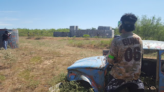 Green attacking the Castle at Petty Paintball