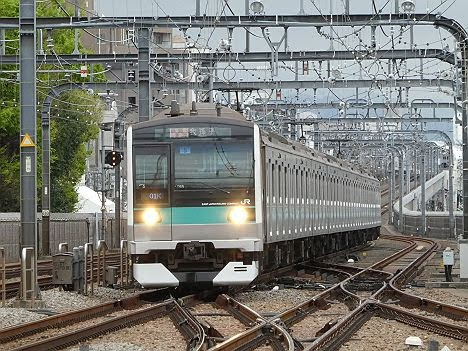 【1本限定!】E233系2000番台の通勤準急 我孫子行き