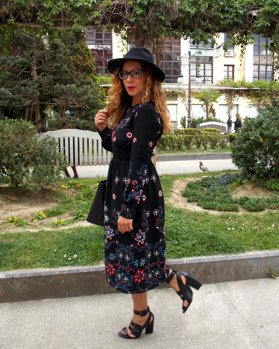 Las El MaravillasLook Vestido En Floral Alicia Armario De Con EWH2D9eIY