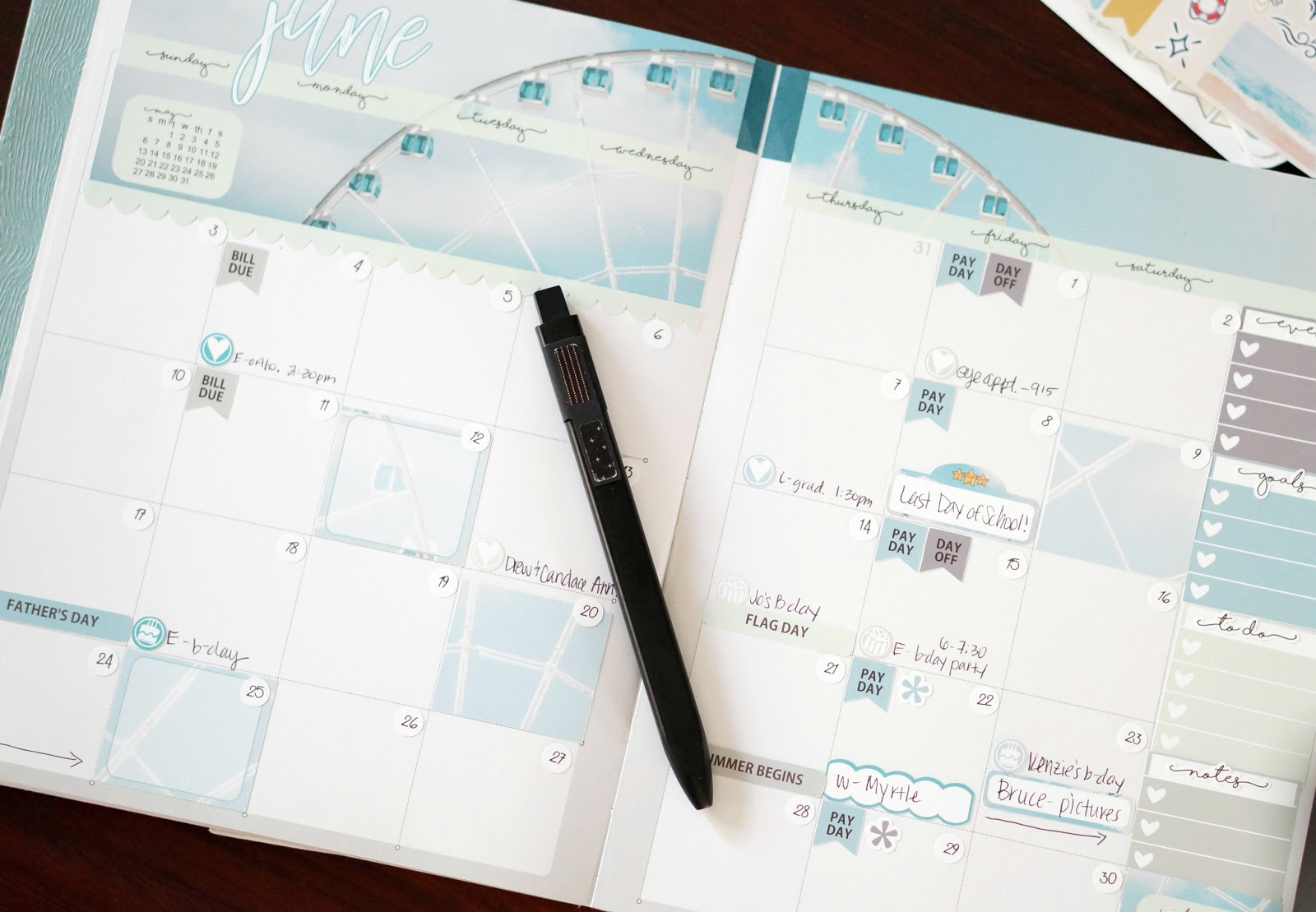 Popular North Carolina style blogger shares her Inkwell Press Coil Free Planner.  Check out her June monthly spread!