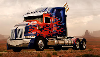 Peterbilt 379 Western Star Truck Optimus Prime Figure