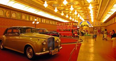 Zona Hall Utama Museum Angkut Malang