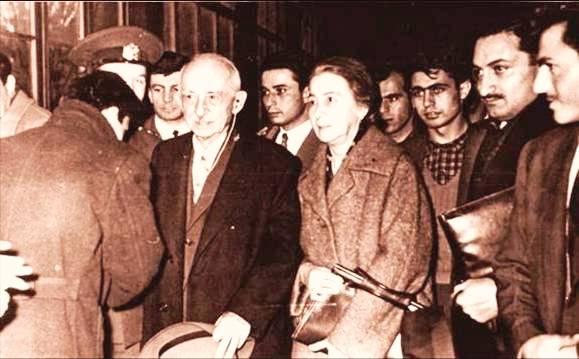 İsmet İnönü, Bülent Ecevit ve Ahmet Necdet Sezer