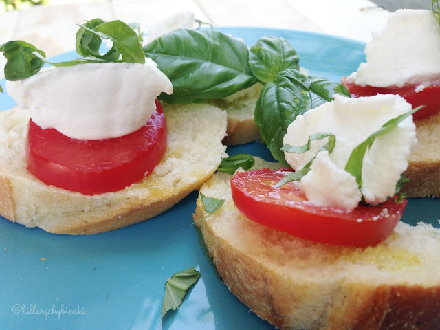 Got tomatoes and Basil? Make some crostini, a delcious and easy snack or appetizer.