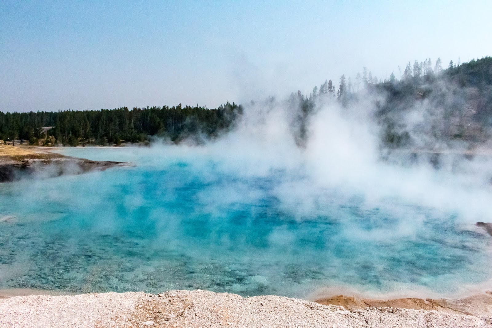 this geyser was once the largest geyser in the world it s last major eruption was in the 1800 s and today is just a very large thermal spring