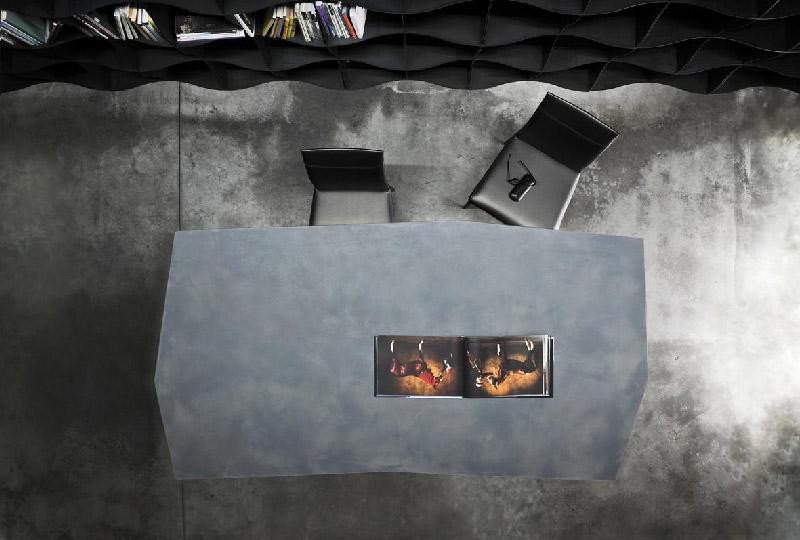 tavolo pranzo irregolare QUASIMODO di Ronda Designa