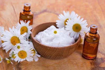 Crème de yaourt naturel et d'amande pour blanchir la peau