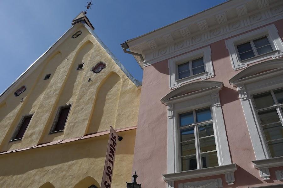グレート・ギルド/エストニア歴史博物館(Suurgildi Hoone/Eesti Ajaloomuuseum)