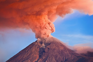 2. Gunung Merapi, Indonesia