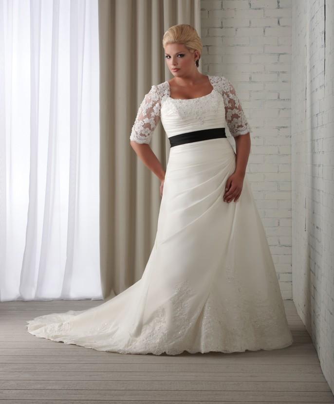 Weddingzilla: Hot Styling For Curvy Brides, Gorgeous Plus