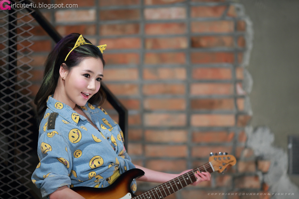 xxx nude girls: Han Ga Eun at G-STAR 2012!
