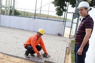 http://vnoticia.com.br/noticia/1554-governo-municipal-retoma-obras-do-centro-esportivo-de-praca-joao-pessoa